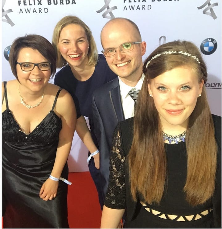 v.l.n.r.: Sabrina, Kira, Benni und Maxi im Mai 2018 beim Felix-Burda-Award